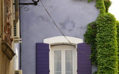 Una Parigi in miniatura riflessa sull'acqua – Isle sur la Sorgue