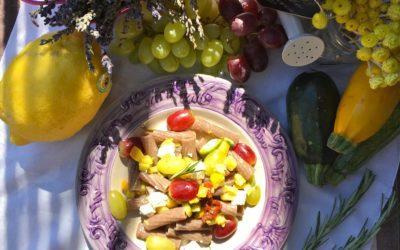 Pasta della riconciliazione con uva, feta, pomodori secchi, anacardi – Creep