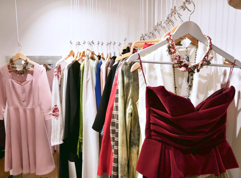 Shopping for Happiness,, boutique parigine, moda a Parigi, concept store, natale a Parigi